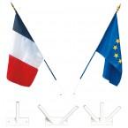 Porte-drapeaux de façade